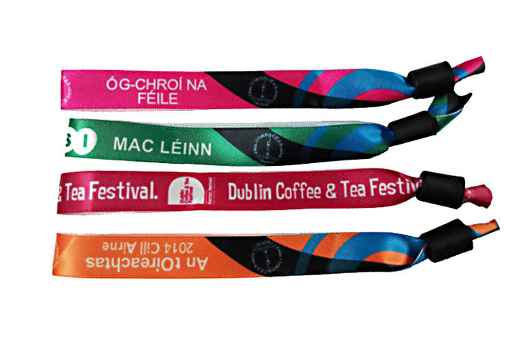 Printed Logo Woven Cloth Wristbands 15mm*350mm Size Outstanding Durability