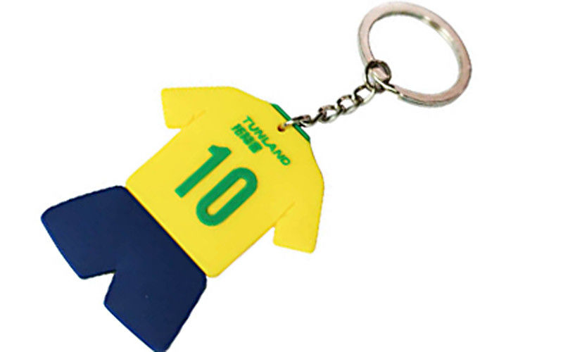 Brasil Football Fans PVC Rubber Keychain Durable Metal Chain 25mm / 28mm
